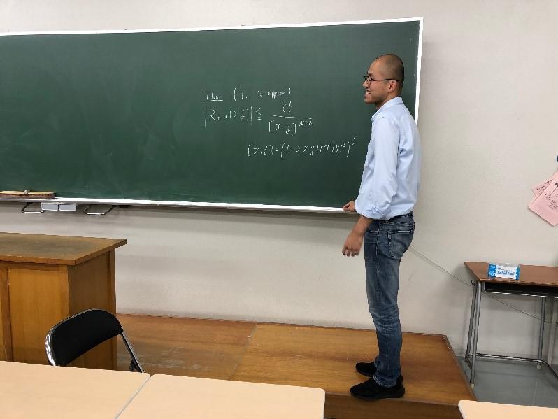 田中先生の講演風景
