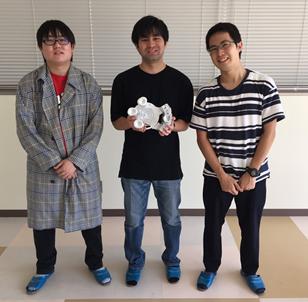 (左から)杉原さん、安江さん、丹羽さん